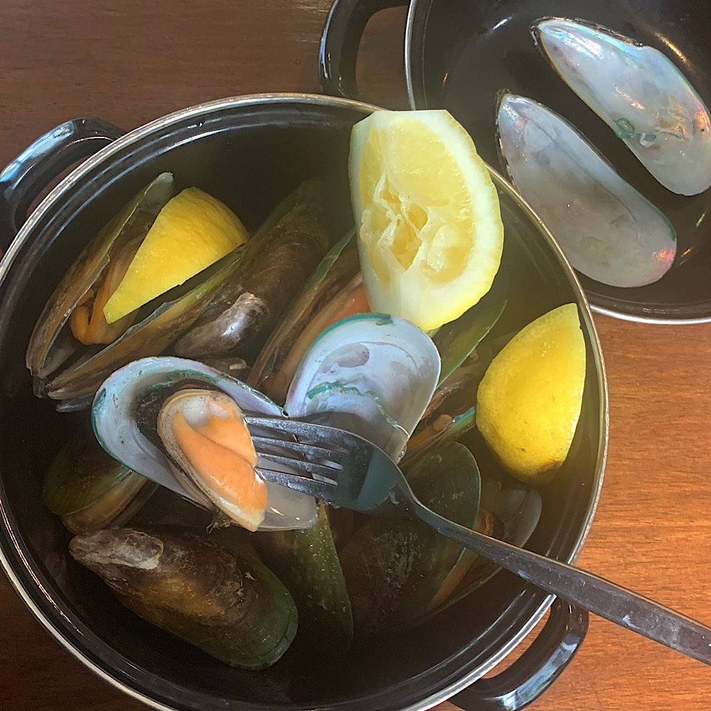 Green-lipped mussels originally from Ninety Mile Beach in Northland, but cultured in Havelock in the South Island.