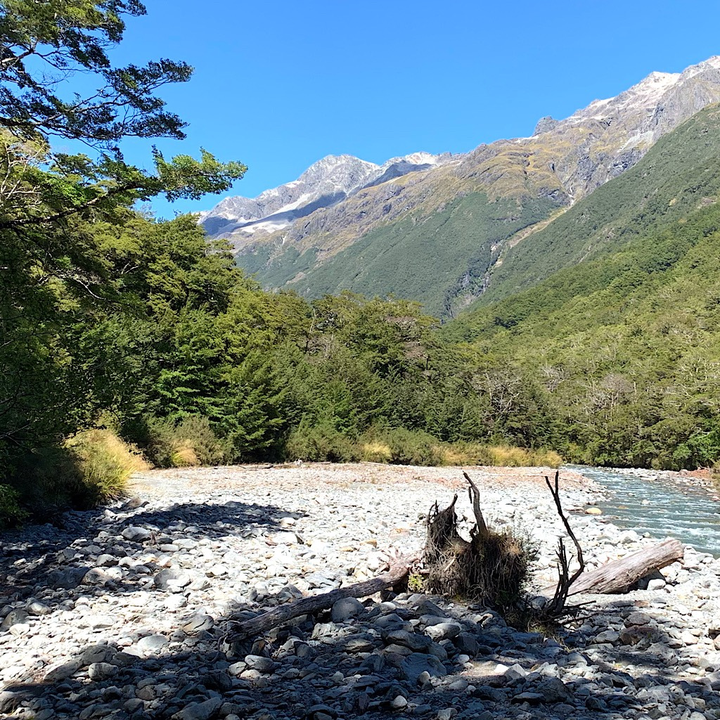 Following another valley up the West Sabine River towards Blue Lake and under a crystal blue sky.