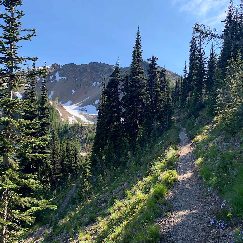 """The Pacific Crest Trail is known for its superb conditions and beautiful """"balcony"""" views."""