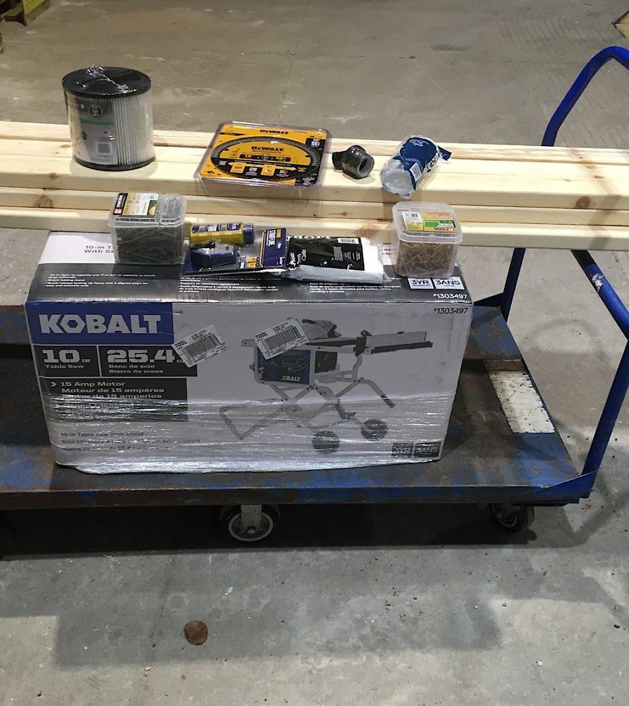 The DIY Blisstudio took ten saws to build.