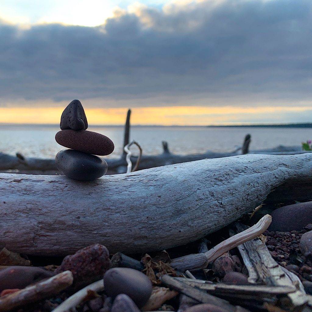 A wee cairn at Rainbow Cove.